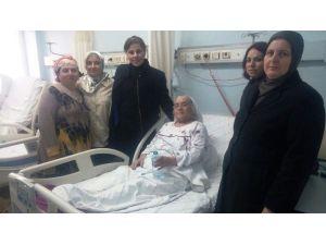 Kadın Kollarından Hastaneye Ziyaret