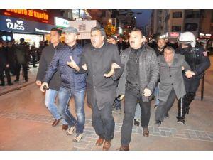 İzmir'de Düzenlenen Eyleme Polisten Müdahale