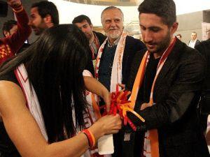 Galatasaray Camiası TEK Yürek Oldu
