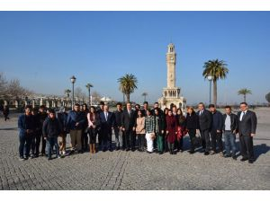 Hakkarili öğrenciler yarıyıl tatilini İzmir'de geçirdi
