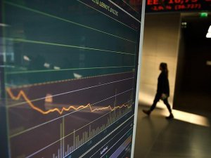 Atina borsası 26 yılın en düşük seviyesine geriledi