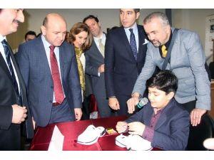 İstanbul Zaim Üniversitesi'nden Yenilikçi Fikirlere Destek