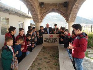 Çocuklardan Osmanlının İlk Şehidine Vefa