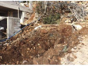 Kırıkhan'da içme suyu çalışmaları sürüyor