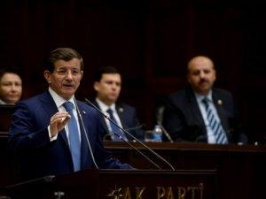 Başbakan Davutoğlu: Halep Yanıyor, Dünya Seyrediyor