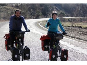 İspanya'dan Çin'e 20 Bin Kilometre Pedal Çevirecekler