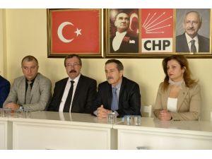 Ataç Ve Meclis Üyeleri CHP İl Başkanlığı'nı Ziyaret Etti