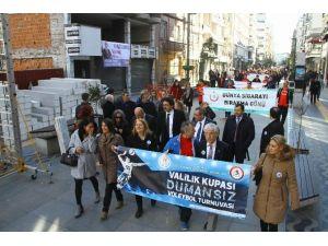 """Samsun'da """"Sigarayı Bırakma"""" Yürüyüşü"""