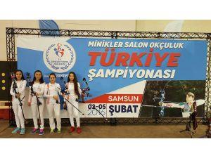 Muğlaspor'in minik okçuları Türkiye şampiyonu oldu