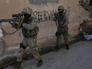 Cizre ve Sur'da 3 terörist etkisiz hale getirildi