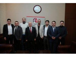 Eskişehirspor Taraftar Temsilcilerinden Vali Tuna'ya Teşekkür