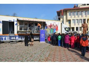 Sapancalı Öğrencilere Deprem Tır'ında Eğitim Verildi