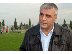 Akhisar'da Hedef İlk Maçta Galibiyet