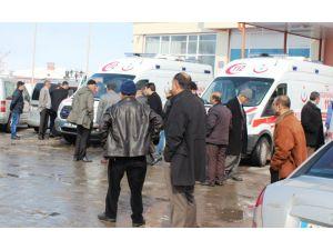 Güroymak'ta trafik kazası: 3 ölü, biri ağır 5 yaralı