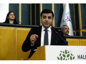 """""""Artık AKP'li olmak yetmiyor; bizzat saraya biat ettiğini açıklayacaksınız"""""""