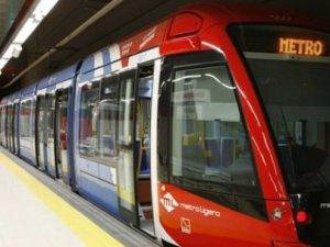 """Anadolu Yakası'na """"sürücüsüz"""" metro geliyor"""