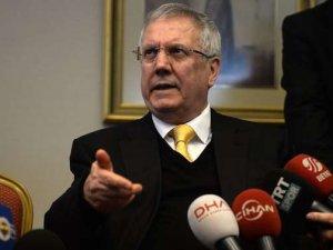 """Aziz Yıldırım """"Milli Eğitim Bakanı'na hakaretten"""" soruşturma"""