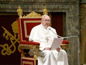 Papa Francis Putin'den yardım isteyecek!