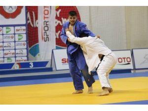 Judo'da Türkiye Üçüncüsü Oldu