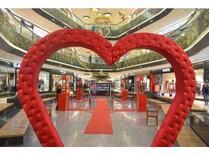 Sevgililer Gününde Prımemall Gaziantep Sevgi Sokağında Buluşuyoruz