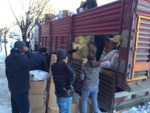 AK Parti Akdağmadeni İlçe Başkanlığından Bayırbucak Türkmenlerine Yardım