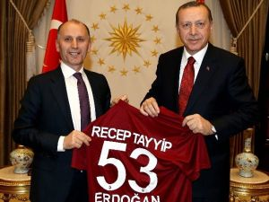 Trabzonspor Başkanı Usta Beştepe'de