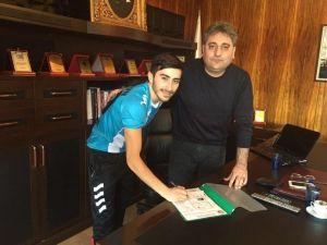 Çat Spor Azerbaycan Milli Futbolcusu Ahmedeov'u Transfer Etti