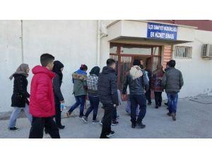 Ayvalık'ta 24 Göçmen Ve 9 Organizatör Yakalandı