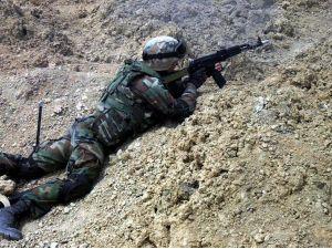 Cephe hattında bir Azerbaycan askeri şehit oldu