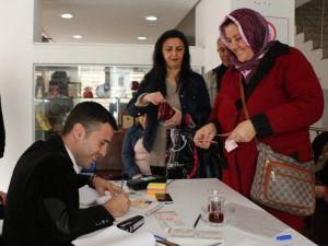 Antalya-kart Başvuruları İçin 16 Noktada Hizmet Veriliyor