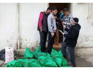 Bafra'da Mültecilere Yardım Eli Uzandı