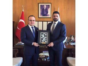 KKTC Ekonomi Sanayi Ve Ticaret Bakanı Atun, Bülent Turan'ı Ziyaret Etti