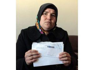 """Kocasından Ölüm Tehditleri Alan Kadın: """"Ölüm Korkusuyla Yaşıyorum"""""""