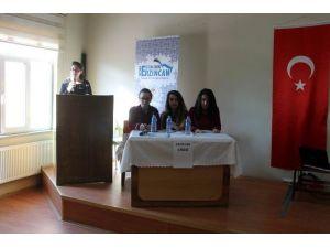 Erzincan'da Liseler Arası Münazara Yarışması Başladı