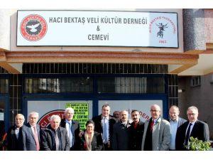 Başkan Taşdelen'den Cemevine Ziyaret