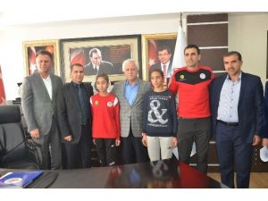 Kahtalı Atletizm Sporcusu Türkiye Birincisi Oldu
