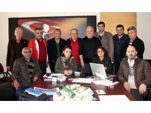 Akdeniz'de Gazete Sahipleri Dernekleşti