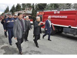 Başkan Karaçelik, İtfaiyeyi Ziyaret Etti