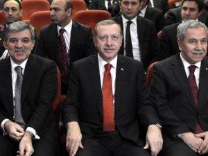 Erdoğan'la Görüşen Abdullah Gül, Arınç'la Bir Araya Gelecek