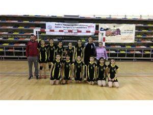 Malatya Hentbol Takımı Analig Yarı Finalde