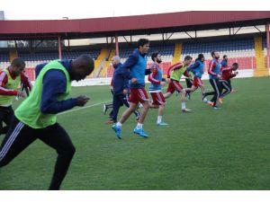 Ümit Özat: Galatasaray maçını kazanmak istiyoruz