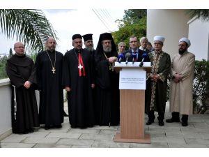 Kıbrıs'ta dini liderler, müzakerelere destek için bir araya geldi