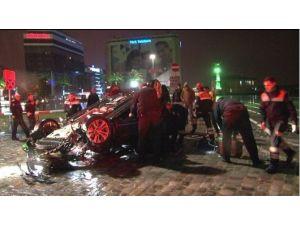 Kayganlaşan Yolda Hızını Alamayan Otomobil Takla Attı: 1ölü