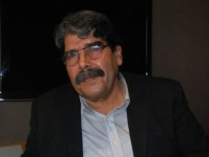 PYD Lideri Müslim: Fırat'ın Batısına Koalisyonsuz Geçmeyeceğiz