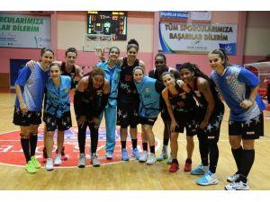Adana ASKİ Spor'da Yakın Doğu Üniversitesi Maçı Hazırlıkları Sürüyor