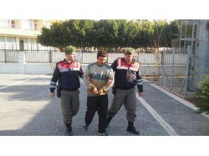 Yol Kontrolünde Hırsız, Sahil Caddesi'nde Esrar Yakalandı
