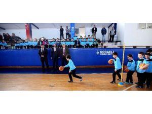 Başkan Karaosmanoğlu, ''Bu Salonlar Güçlü Türkiye'nin Geleceğini Hazırlıyor''
