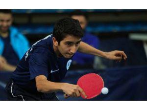 Genç Masa Tenisçiler Isparta'dan Döndü