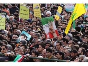 Ruhani: Devrimin söylemleri tazelenmeli
