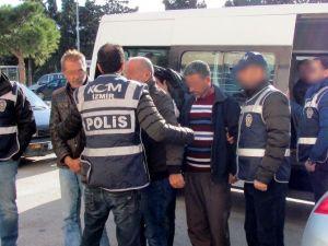 Emniyetin Operasyonları İnsan Kaçakçılarına Balyoz Gibi İndi